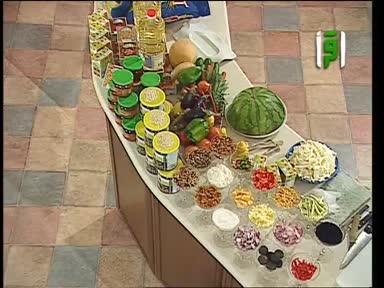 مطبخك 2007-ح12-مجبوس الدجاج ولحمة ستيك وملفوف مع الصلصة