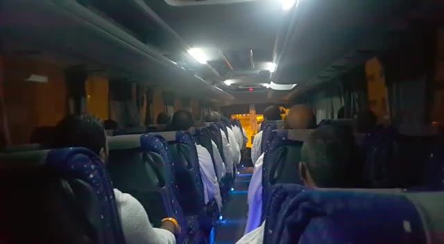 حجاج في طريقهم إلى عرفات من تصوير محمد حسين