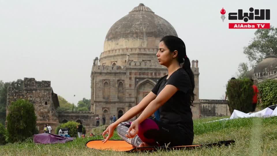 بعد إنشاء وزارة لليوغا .. الهند تحتفي باليوم العالمي لليوغا